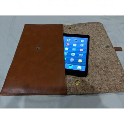 EcoQuote Stylish Sling Clutch Folder Handmade Eco-Friendly Cork Material Vegan