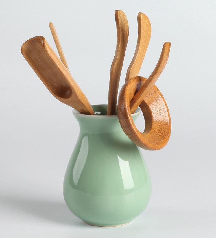 Bamboo Chinese Tea Set of 5 Natural Teaspoon Tea Clip, Tea Needle, Tea Clip, Tea Shovel, Tea Scoop & Rest